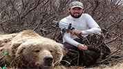 hunter-nation-hunt-sweepstakes-22-alaska-grizzly-bear-hunt-for-1-with-aaron-bloomquist-01-178